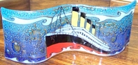 Titanic Small Wavy Glass